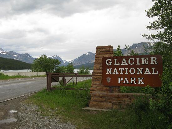 cheap places to stay in glacier national park