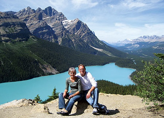where to stay in glacier national park canada